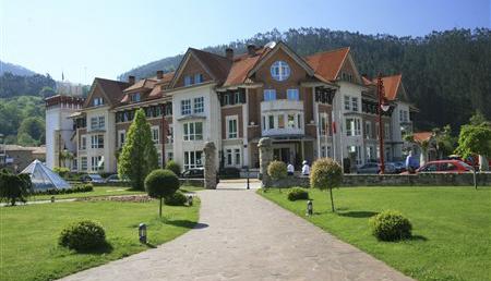 01 Gran hotel balneario de puente viesgo